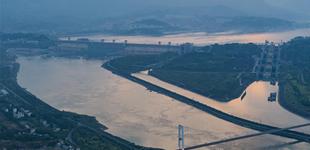 三峡水库水位消落 为汛期做准备