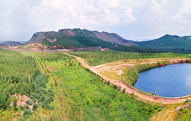 """鞍钢发布生态修复三年规划 不断提升矿山""""绿色颜值"""""""